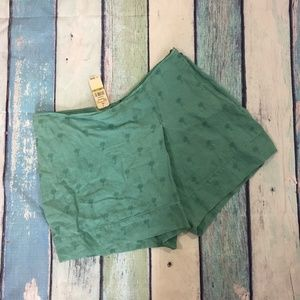 NEW Tommy Bahama Palm Tree Embroidered Shorts 14
